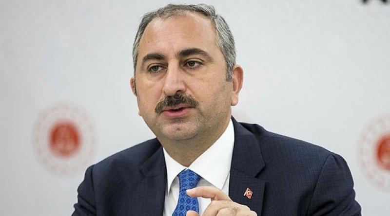 Adalet Bakanı Gül, Covid-19 tanısı konan tutuklu ve hükümlü sayısını açıkladı
