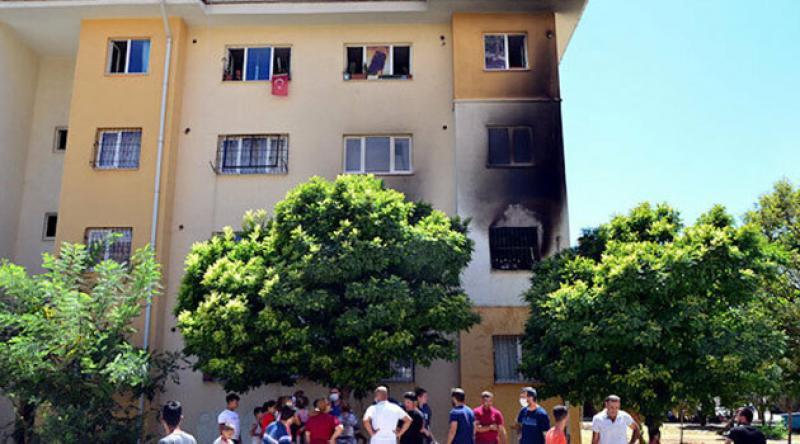 Adana'da bir kişi uyuşturucu parası vermedi diye annesinin evini yaktı