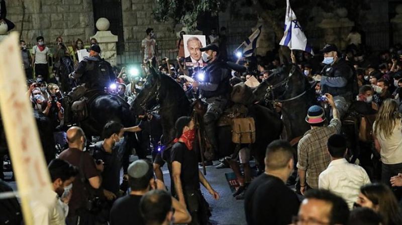 Siyonist Netanyahu karşıtı gösteriler devam ediyor