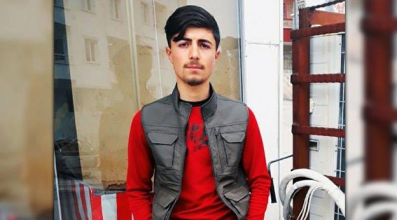 20 yaşındaki genç kalbinden bıçaklanarak öldürüldü