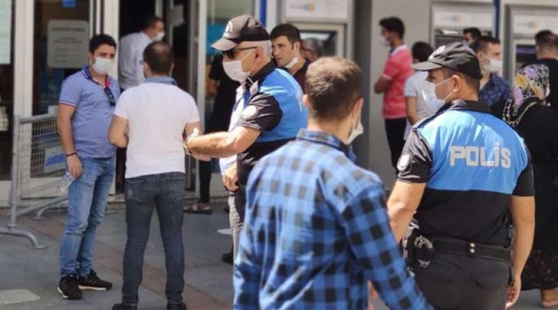 Gaziantep'te 2 bin 456 kişiye sosyal mesafe ve maske cezası verildi