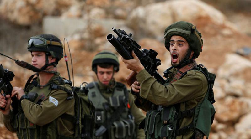 Siyonistler Batı Şeria'da bir Filistinliyi yaraladı