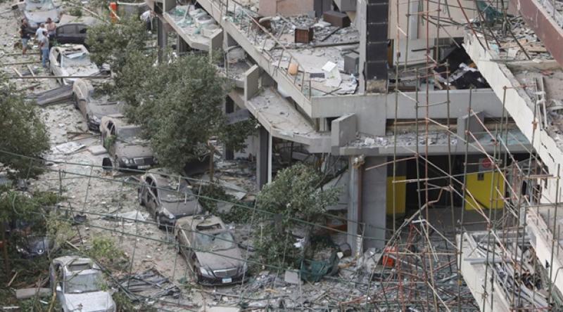 Beyrut'ta ölü sayısı 190'a çıktı, 300 bin kişi evsiz kaldı