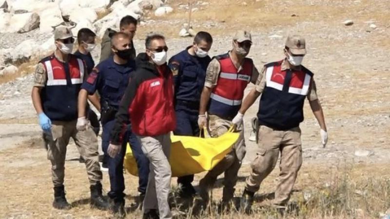 Van Gölü'ndeki tekne faciasında ölü sayısı 19'a yükseldi