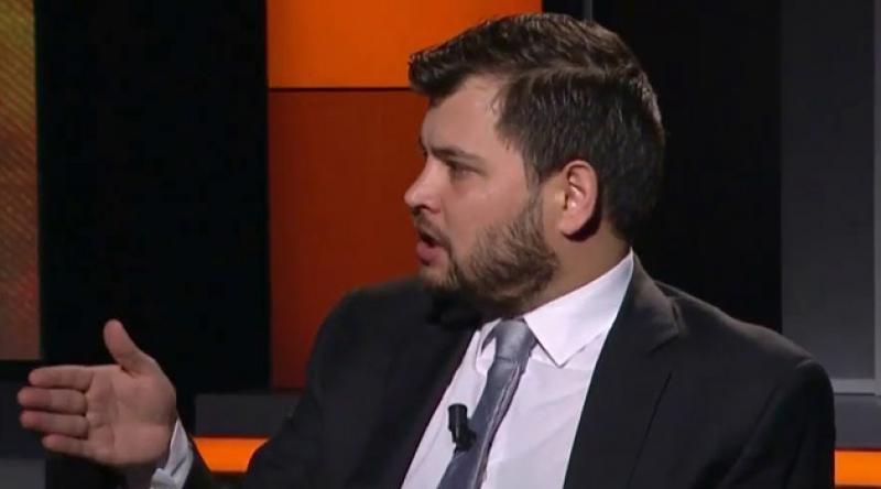 Cemil Ayvalı AKP'deki görevinden istifa etti