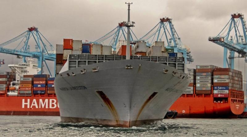 Yunanistan'da bir anti-mayın gemisiyle Portekiz bandıralı ticaret gemisi çarpıştı