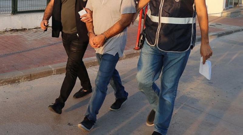 İstanbul merkezli 12 ildeki operasyonlarda 34 muvazzaf askere gözaltı