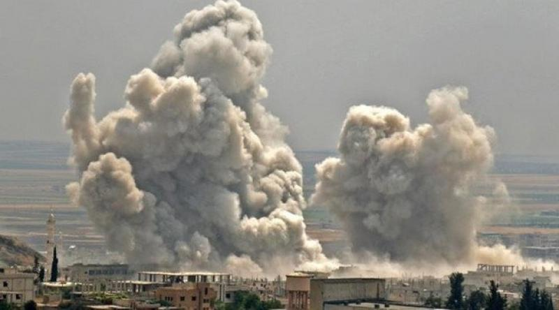 Zalim Esed rejimi İdlib'i vurdu: 12 ölü