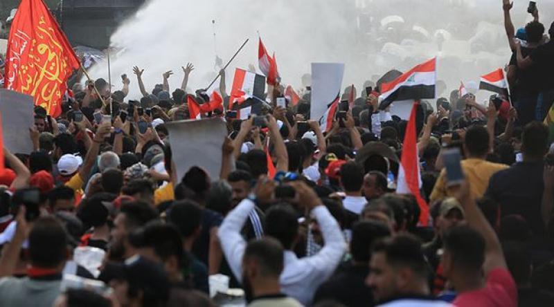 Irak'ın Zikar ve Necef kentindeki gösterilerde 8 kişi öldü, 43 kişi yaralandı