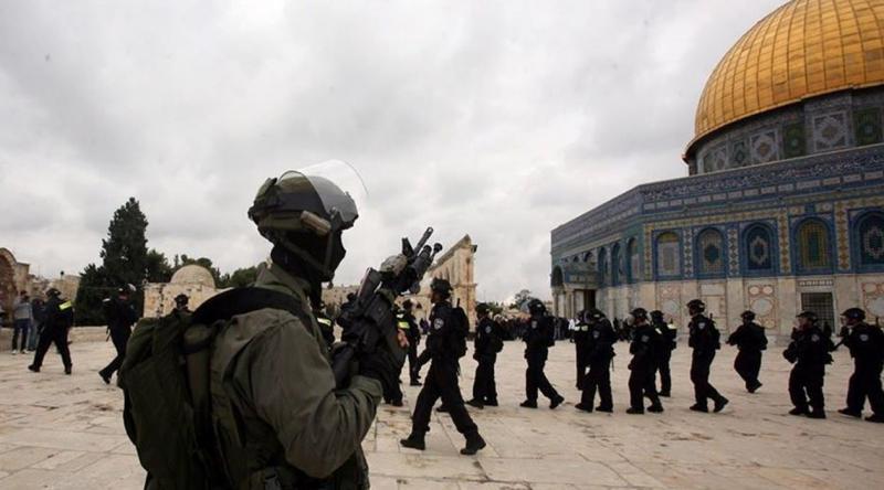 İşgalci güçler, Mescidi Aksa'nın bekçisini gözaltına aldı