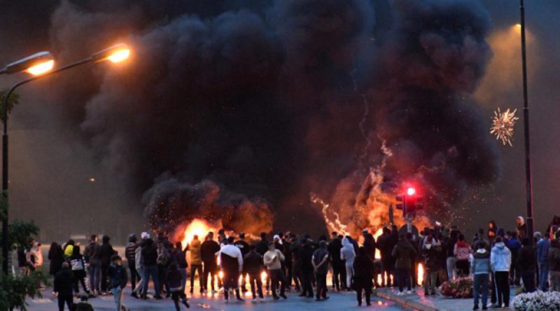 İsveç'te ırkçı gruptan küstah hareket: Müslümanlar sokağa indi