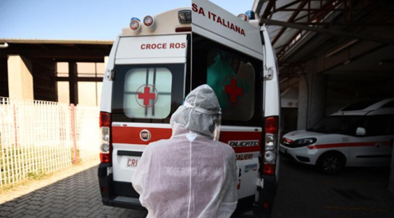 İtalya'da ölenlerin sayısı 21 bin 645'e yükseldi