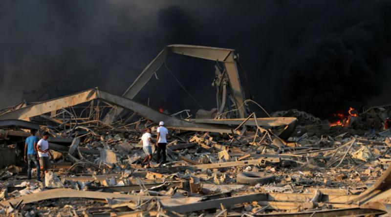 """Lübnan'daki patlama nedeniyle """"ulusal yas"""" ilan edildi"""