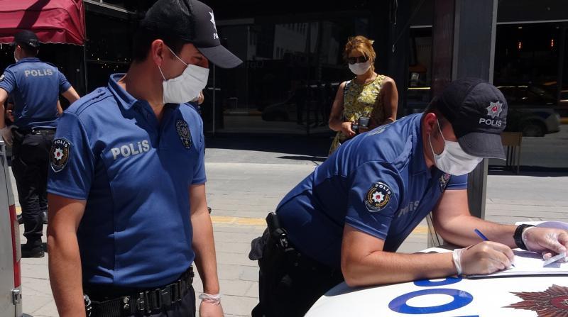 Gaziantep'te tedbirlere uymayan 2 bin 124 kişiye ceza