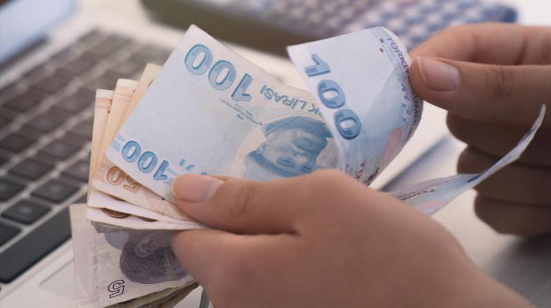 Brüt borç stoku 1.8 trilyon lira oldu