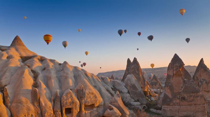 Kapadokya'da balon turları 5 ay sonra yeniden başladı