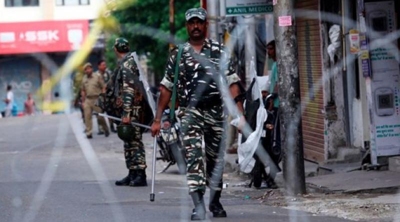 Keşmir'de 177 siyasetçi gözaltında