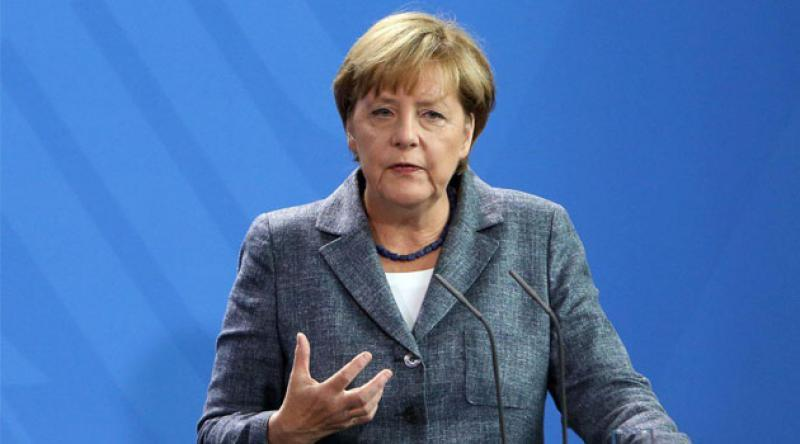 Angela Merkel: Belarus'taki seçimleri tanımıyoruz