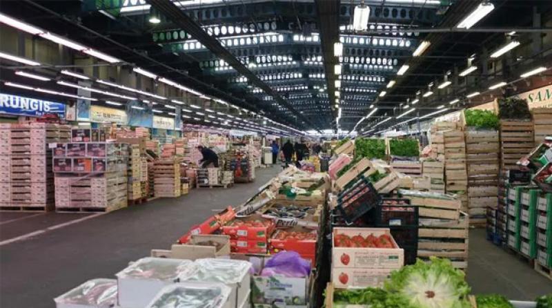 Paris'in '4 bin 200 metrekarelik' meyve-sebze hali morga dönüştürülüyor