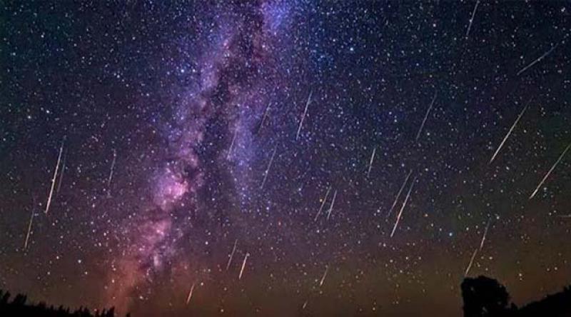 'Yılın en görkemli meteor yağmuru' Perseid, salı gecesi görsel şölene başlıyor