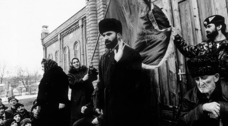 Çeçen Mücahid Şamil Basayev'in şehadetinin yıl dönümü