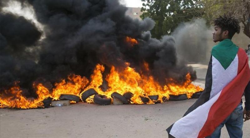 Sudan'da hayat pahalılığı, ekmek ve yakıt krizi protestoları sürüyor