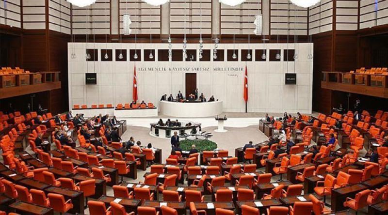 Hukuk davalarına ilişkin yargı paketi TBMM Genel Kurulu'nda kabul edildi