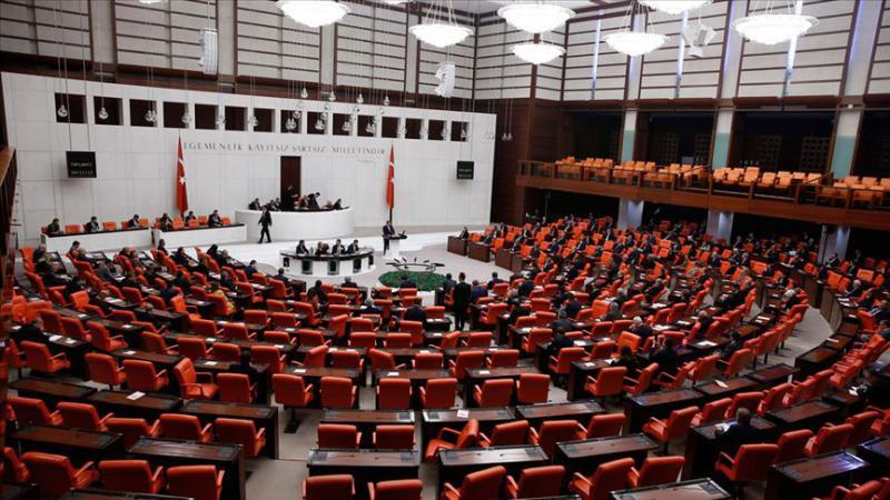 Meclis personelinin çalışma saatlerine düzenleme