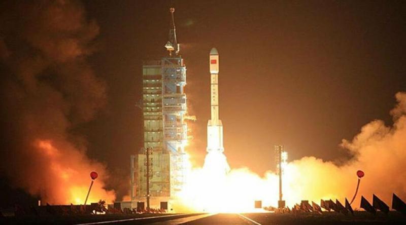 Çin uzaya 3 yeni uydu gönderdi