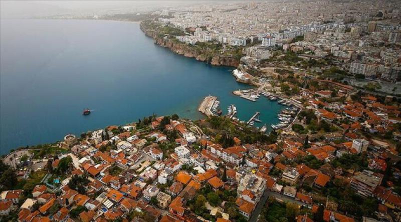 Antalya'da toplantı ve gösteri yürüyüşleri 7 gün yasaklandı