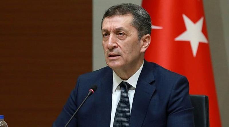 Milli Eğitim Bakanı Ziya Selçuk, LGS'nin açık havada yada statlarda yapılabileceğini açıkladı