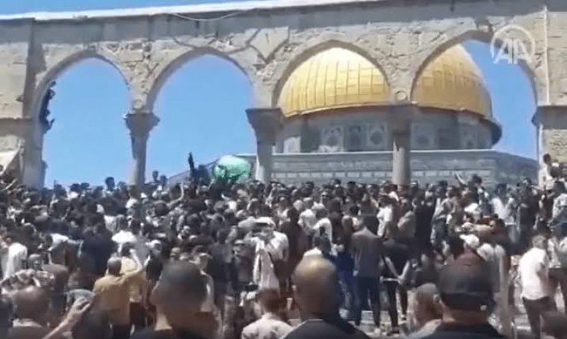 Mescid-i Aksa'da Erdoğan protestosu: Biz buradayız sen neredesin