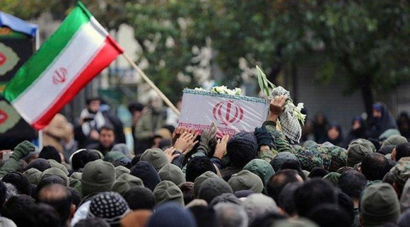 İnsan hakları grupları İran'ı protestoculara karşı aşırı güç kullanmakla suçluyor