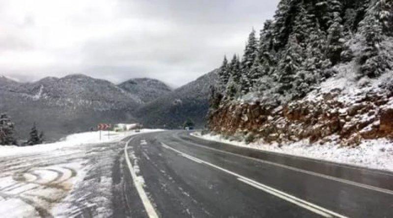 Haziranda Kaş'a kar yağdı