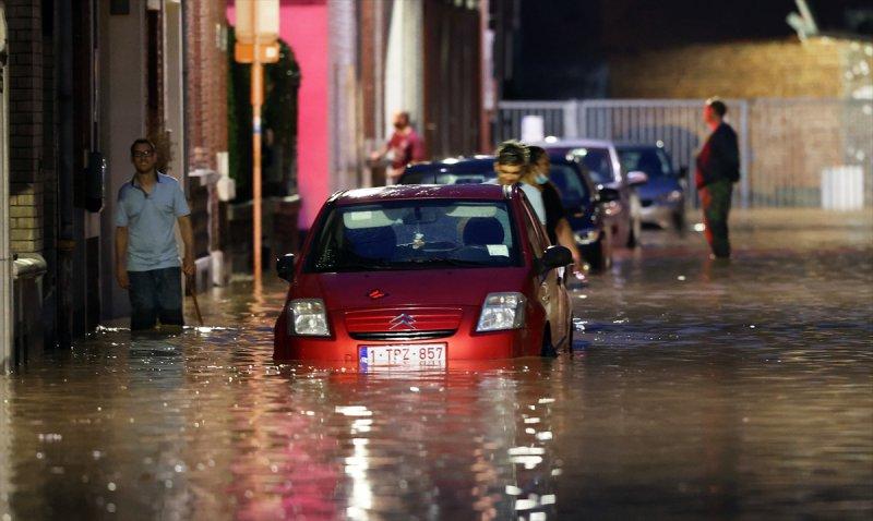 Belçika'da aşırı yağışlar, yeniden sele neden oldu