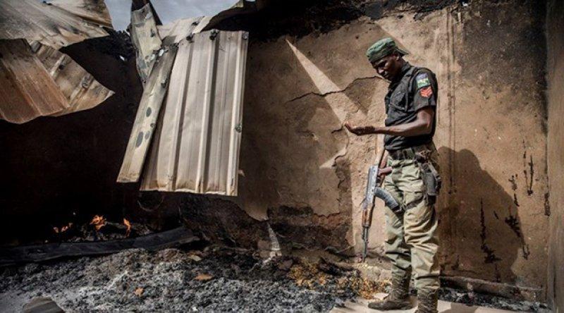 Nijerya'da okula baskın: Onlarca öğretmen ve öğrenci kaçırıldı