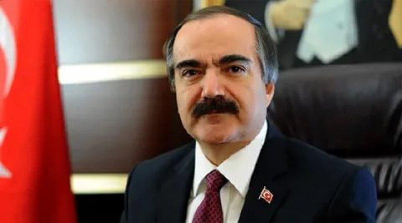 Vali Hüseyin Avni Coş hayatını kaybetti