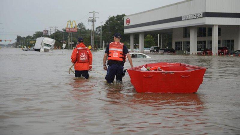 ABD'de yaşanan sel felaketinin bilançosu artıyor