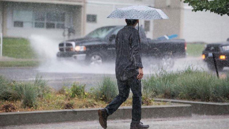 Meteoroloji'den kuvvetli yağış uyarısı (Bugün hava nasıl olacak?)