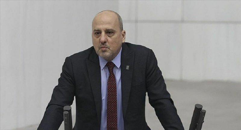 HDP'den istifa eden Ahmet Şık yeni bir partiye katıldı