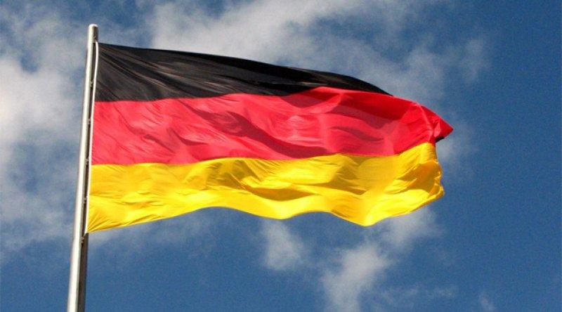 Almanya Siyonist İsrail'in işlediği savaş suçunu görmezden geldi