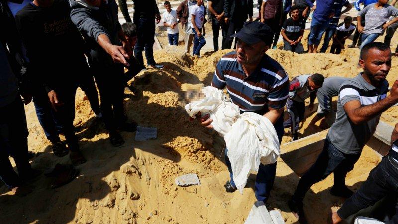 İsrail'in Filistinlilere yönelik saldırılarında şu ana kadar en küçüğü 5 aylık bebek 34 çocuk şehit edildi