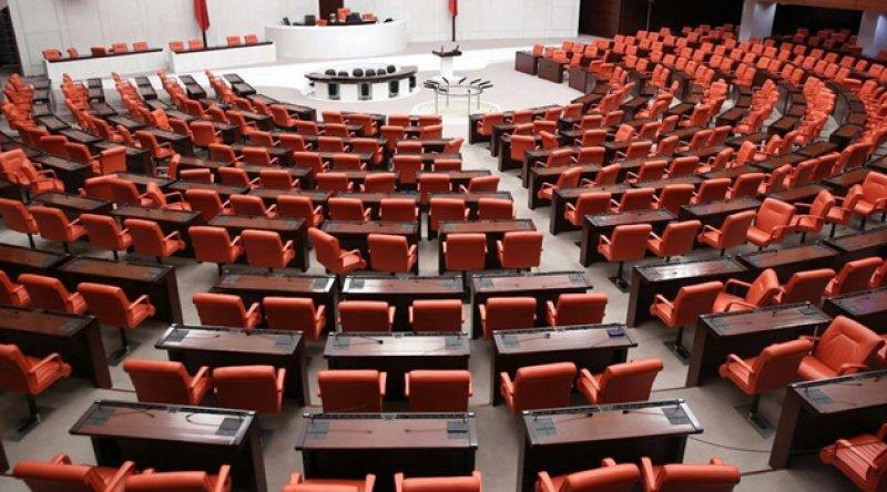 Enis Berberoğlu dahil 8 milletvekiline ait 10 dokunulmazlık fezlekesi Meclis'te