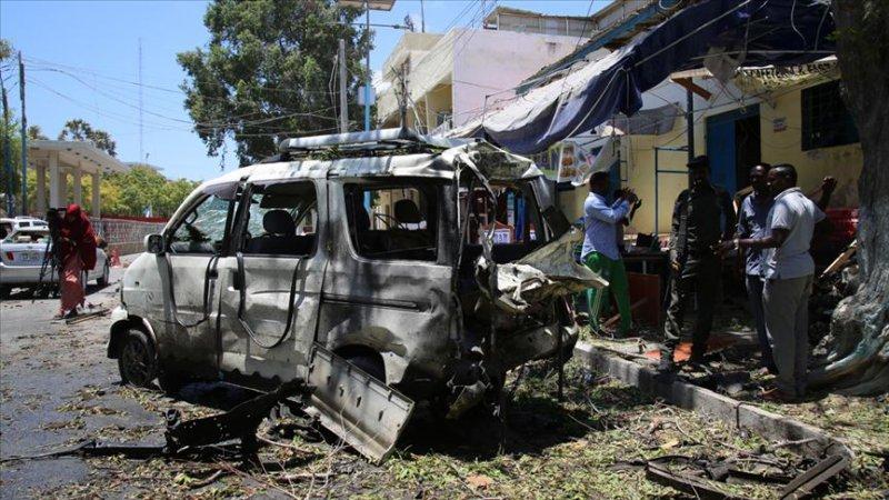 Somali'de canlı bomba: 6 ölü