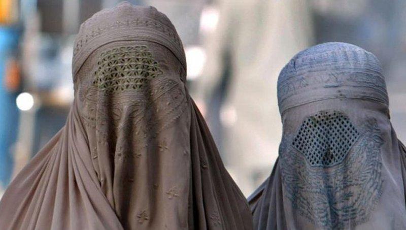 Sri Lanka'da burka giymek yasaklandı