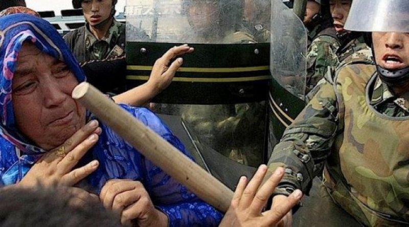 Çin, Uygur zulmünün hesabını veriyor! Uygur Mahkemesi başladı