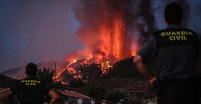 Cumbre Vieja yanardağı şimdiye kadar 400 evi yaktı