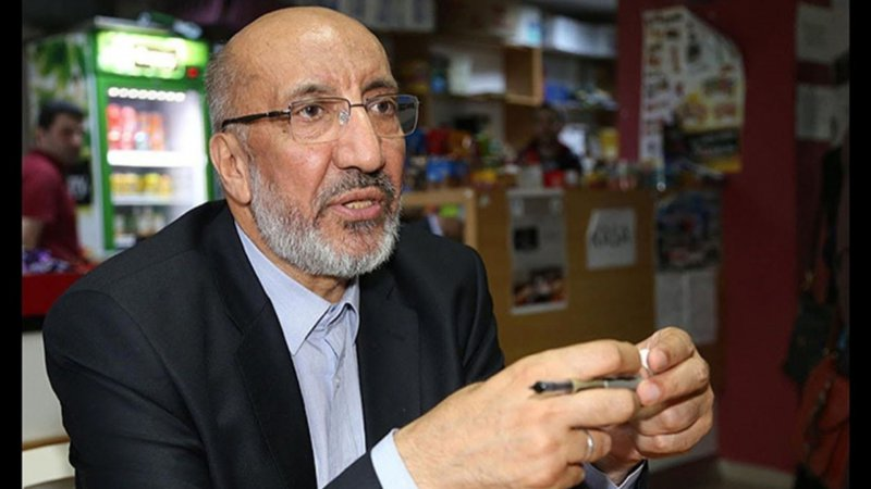 Gazete yazarı Abdurrahman Dilipak'tan, koronavirüs aşılarının uygulanmasına tepki