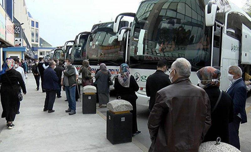 Otogarda dönüş yoğunluğu başladı, otobüs biletleri tükendi