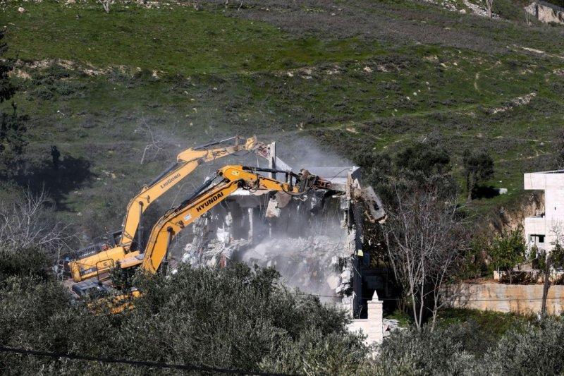 İsrail, Mescid-i Aksa Koruma Müdürü'nün evini yıktı